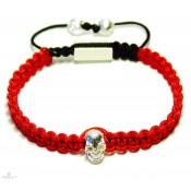 bracelet shamballa en tissé rouge et tete de mort