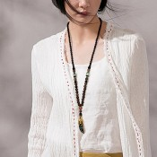 Collier perles bois avec corne