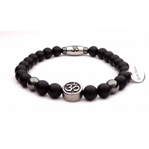 Le bracelet perles Om̐ noir