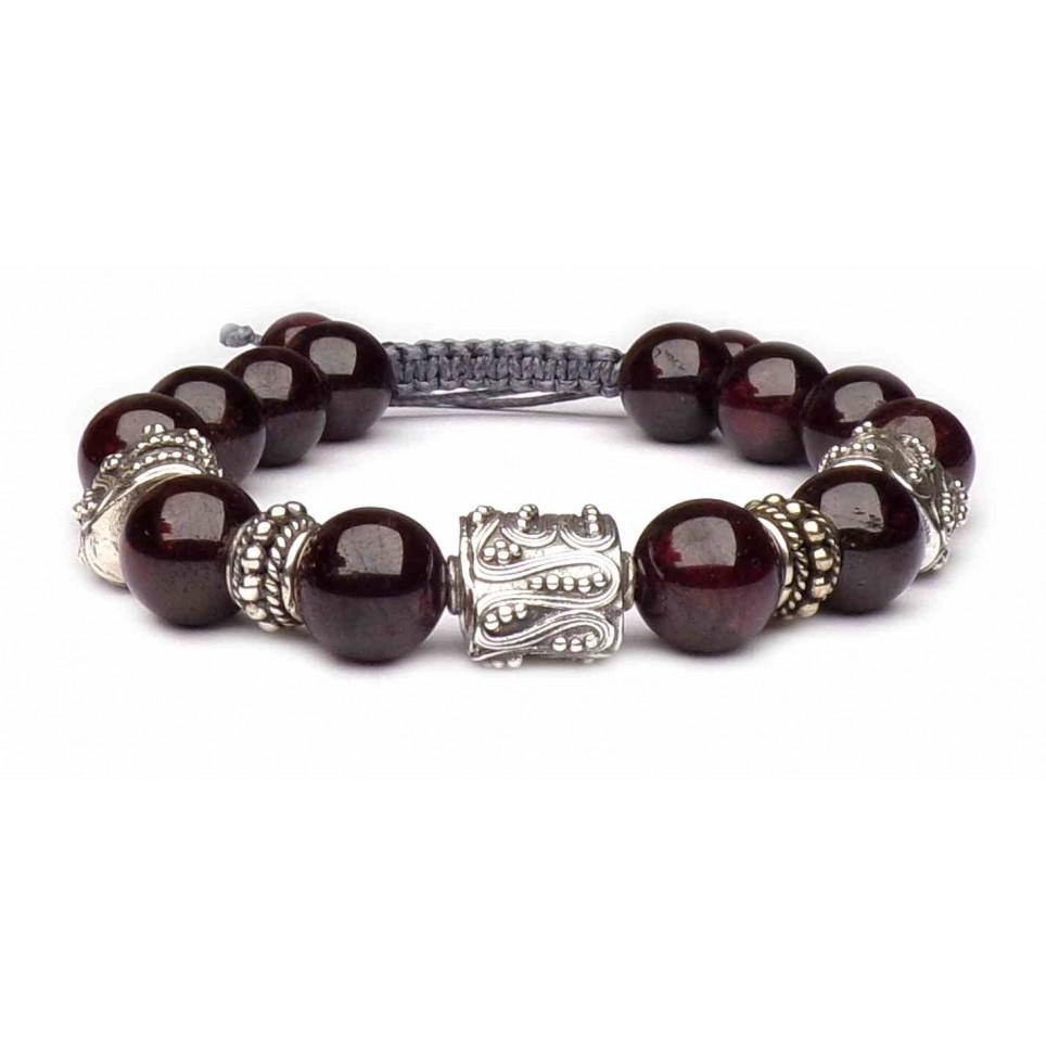 bracelet porte bonheur en Grenat