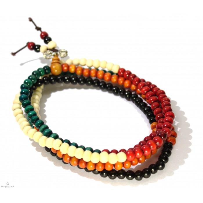 bracelet de prière néalais en bois