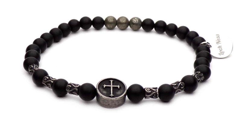 bracelet perles noir symbole croix